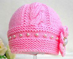 Шапочка спицами для малышей с собранным верхом - Модное вязание