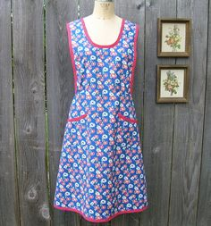 FANTASTIC FORTIES Era Style APRON by yardofgoods on Etsy