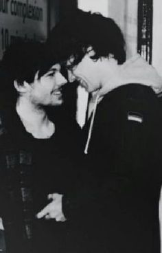 """Read """"All Too Well (Larry Stylinson One Shot)"""" #wattpad #fanfiction"""