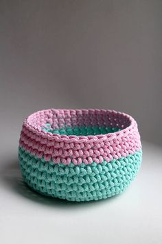 Tyrkysová ružová svetlá | BOBBINY Instagram Bio, Horn, Decorative Bowls, Ale, Make It Yourself, How To Make, Handmade, Home Decor, Ideas