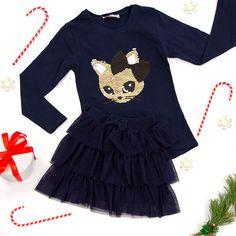 moda dziecięca, stylizacje zimowe, stylizacje świąteczne, dla dziecka, stylizacje dla dzieci Bell Sleeves, Bell Sleeve Top, Peplum, Tops, Women, Fashion, Moda, Fashion Styles, Veil