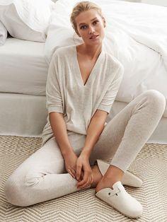 Toni Garrn stars in Zara Homes fall 2016 loungewear campaign - Lingerie, Sleepwear & Loungewear - http://amzn.to/2ieOApL