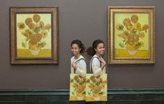 Only one more week to see the two versions of Van Gogh's Sunflowers at the National Gallery in London. Can you spot the differences?  More info: http://www.nationalgallery.org.uk/whats-on/exhibitions/the-sunflowers   Photo: The National Gallery Photographic Department