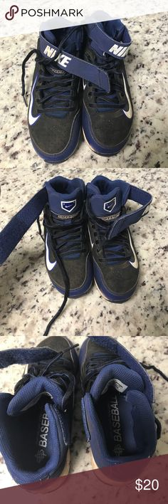 Nike Hurache • Baseball Cleats • Kids 1 Youth size 1 baseball cleats have been worn a handful of times. Cleaning out my sons closet. Please check out all my other items and bundle for a discount. Nike Shoes Sneakers