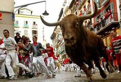 Running with the bulls in Pamplona !!!!! Spain !!! Adventure vacation #JetsetterCurator