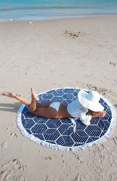 rounded beach towel 3