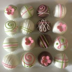 flower cake balls   Visit & Like our Facebook page! https://www.facebook.com/pages/Rustic-Farmhouse-Decor/636679889706127