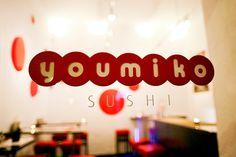 W ramach naszych kulinarnych poszukiwań zabieramy Was do małego, niedrogiego i dobrze ukrytego sushi baru Youmiko. Recenzję możecie przeczytać na: http://soperlage.com/youmiko-sushi-bar/