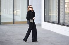 More on www.offwhiteswan.com Turtleneck Pullover by H&M, Wide Leg Pants by H&M, Minibag by Gianni Chiarini, Pointed Heels by Dorothy Perkins, Sunnies by Prada #offwhiteswan #swantjesoemmer