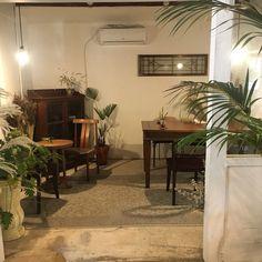 인스타아이디 - nangvely Music - all i wanna do (박재범) 요즘 재범찌 노래에 빠진 낭블리! 아침마다 출... Coffee Shop Design, Cafe Design, House Design, Retro Cafe, Vintage Cafe, Cafe Interior, Interior Design, Cafe Concept, Industrial Cafe
