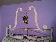 cute idea for wall decor behind your bed: use paint!