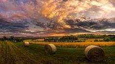 """Foto """"Heuernte VI Panorama"""" by Ralf Thomas #500px"""