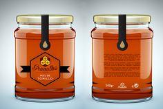 etiquetas miel - Buscar con Google Organic Packaging, Honey Packaging, Bottle Packaging, Brand Packaging, Packaging Design, Honey Jar Labels, Honey Label, Honey Bottles, Honey Logo