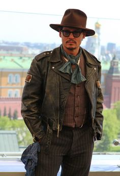 """Jonny Depp in Moscow at """"Pirates of Caribbean"""" opening"""
