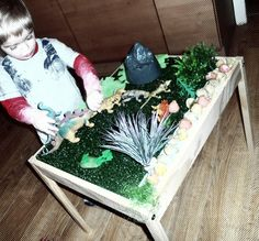 How to make a dinosaur table