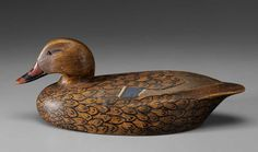 Carved wooden duck/decoy.