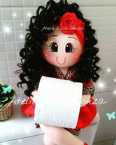 Www.facebook.com/AtelieLiviaSouza  Instagram @atelie_livia_souza Terracotta Pots, Paper Cover, Bath Decor, Craft Tutorials, Doll Patterns, Toilet Paper, Projects To Try, Dolls, Sewing