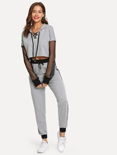 Hoodie with drawstring sleeve with mesh with sports pants-Spanish SheIn (Sheinside) Source by shofii Sporty Outfits, Cute Summer Outfits, Outfits For Teens, Dance Outfits, Girl Outfits, Fashion Outfits, Mode Streetwear, Moda Casual, Mode Style