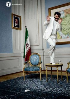 """""""Scared Dictators"""" campaign developed by Ogilvy Frankfurt for the International Society for Human Rights"""