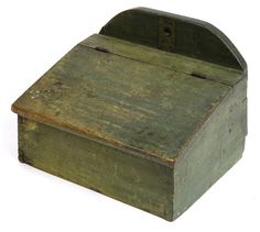 EARLY DOVETAILED CANDLE BOX - ORIGINAL GREEN PAINT