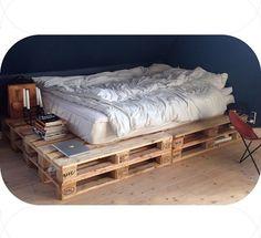 Bed, room, details