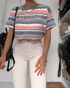 Fashion Outfits & Street Style sucht den Sommer Outfit-Ideen S. - Fashion Outfits & Street Style sucht den Sommer Outfit-Ideen Sommer Mode Ideen Source by - Date Outfits, Girl Outfits, Fashion Outfits, Fashion Trends, Fashion Ideas, Fashion Inspiration, Modest Fashion, Fashion Tips, Tomboy Outfits