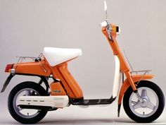 Yamaha Passol 50, 1977 Japan. The scooter that changed the way old scooters were made. The father of all modern scooters.