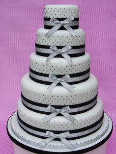 Pinewood Polka by Planet Cake - http://www.planet-cake.com/page2.htm#