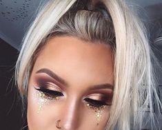 Cosmic Tears - Festival Ready Beauty Looks - Photos