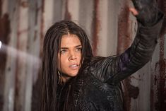 The 100 Mega Buzz: Octavia Takes a Dark Turn in Season 4 Marie Avgeropoulos, The 100 Season 1, Season 3, Lincoln And Octavia, Die 100, The 100 Show, Bellarke, The Hundreds, Episode 3