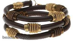 Memory wire bracelet - beginner's jewelry-making project - YouTube
