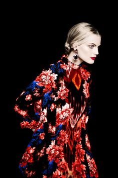 #GuinevereVanSeenus by #ErikMadiganHeck for #TheEdit October 2013