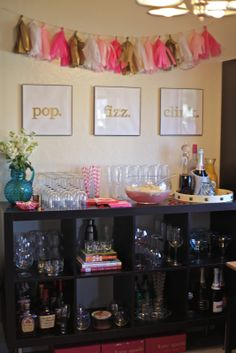 Galentine's Day party - On the menu was quinoa salad, apple & strawberry crostinis (which were devoured), berries & greek yogurt, my mom's famous ranch dip with chi. Style Blog, Champagne Bar, Bubbly Bar, Bar Set Up, Mimosa Bar, Party Time, Party Party, Party Planning, Decoration