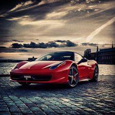 Sizzling Ferrari 458 Italia