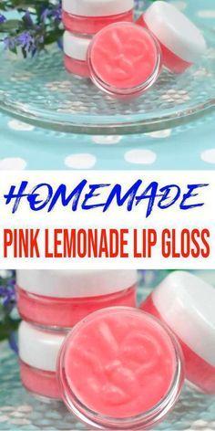 Cool Diy, Easy Diy, Diy Craft Projects, Diy Lip Gloss, Lip Balm Recipes, Eos Lip Balm, Homemade Lip Balm, Nice Lips, Natural Lips