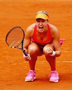 2014 French Open Quarterfinals; Eugenie Bouchard def. Carla Suarez Navarro 7-6(4), 2-6, 7-5 #WTA #Bouchard #RolandGarros