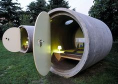 Das Park Hotel - sleep in a sewer pipe in a park. You reserve your room and pay as you wish. Pipe hotels now in Ottensheim near Linz, Austria and in Bernepark near Essen, Germany