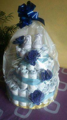 Torta di pannolini https://www.facebook.com/photo.php?fbid=10200544856236262
