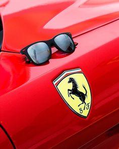 Sunglasses Shop, Ray Ban Sunglasses, Mirrored Sunglasses, Front Window Design, Ferrari, Store Image, Sport Photography, Shop Logo, Shopping Websites