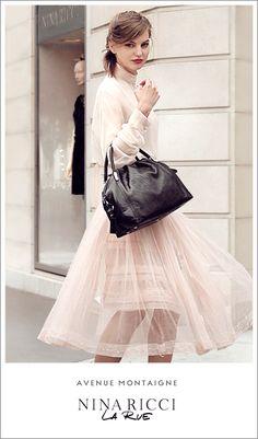 """Nina Ricci/ Campaña """"La Rue Bag"""" - GIF.Art"""