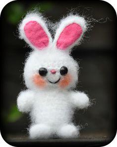 Grietjekarwietje: Haakpatroon: Klein Konijntje / Amigurumi Pattern Little Bunny