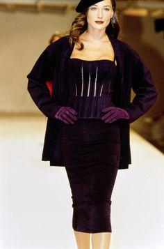 Azzedine Alaïa Fall 1991 Ready-to-Wear Fashion Show - Naomi Campbell
