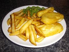 Are you a vegetarian who still craves the taste of good old fashioned British fish and chips? Crave no more, for here is a great tasting recipe using halloumi cheese as a fish substitute. Lovely crisp batter, chunky chips, drenched in salt and vinegar, is there any better meal, I think not.