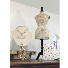 Para un look ideal no olvides los accesorios  #GriseldaTovar #Moda #Mujeres #ClothinVintage