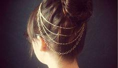 Nous sommes toujours à la recherche de nouvelles idées pour nous coiffer. Faire des bijoux de cheveux peut être très amusant !