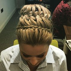 The beautiful @gemmamansell1 this afternoon x #hairbyjules #hair #hairstyle #updo #bun #bjprofilepiccontest #frenchbraid #braid #braid #braided #braidedupdo #braidedbun #braidideas