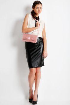 Satin clutch bag #taspesta #clutchbag #clutchpesta #handbag #fauxleather #kulit #messengerbag #satin #simple #elegant #colors #pink