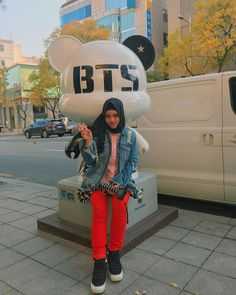 by sajidah halilintar Gangnam Seoul Korea. by lightning thunder Gangnam Seoul, Ootd Hijab, Seoul Korea, Jaehyun, Thunder, Muslim, Bae, Hijabs, Lightning