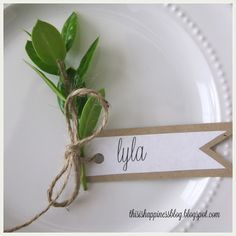 The simplicty speaks to me. So sweet. This Is Happiness: thankful tablescape – The Best Ideas Wedding Places, Wedding Place Cards, Wedding Table, Diy Wedding, Rustic Wedding, Thanksgiving Place Cards, Thanksgiving Tablescapes, Thanksgiving Decorations, Decoration Christmas