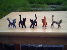 How Bazaar! Toys from pipecleaners and corks (lots o' pics!) - TOYS, DOLLS AND PLAYTHINGS